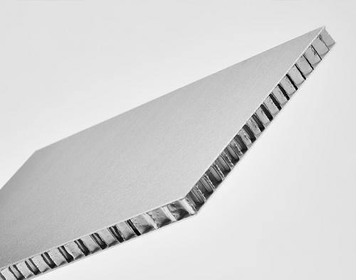 铝蜂窝板的制作