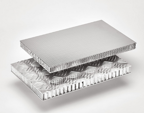 用铝蜂窝板做的卫生间隔断的特点